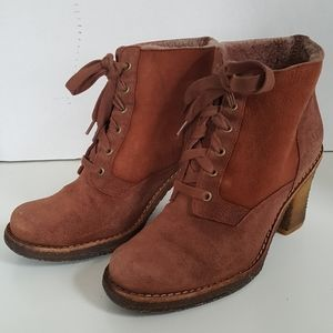 UGG Leather Lace Up Heeled Ankle Boots Booties